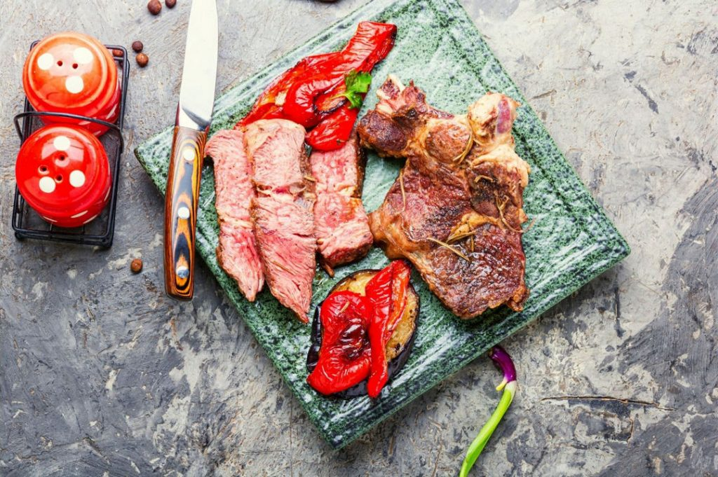 What To Look For When Shopping For Steak Knives?